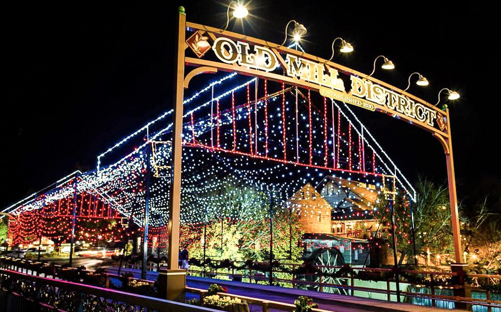 Dollywood Sm Christmas Fest 2020 Pigeon Forge Area Events