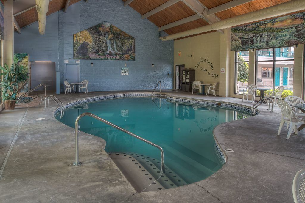 Pigeon Forge Hotel with Indoor Pool and spa