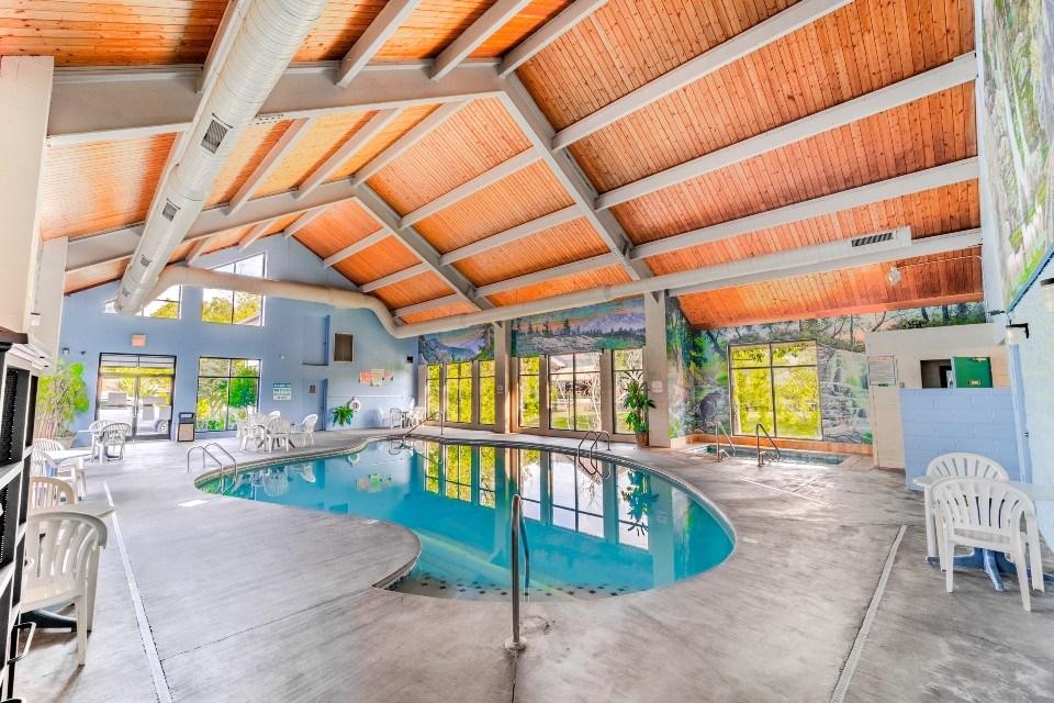 Pigeon Forge Indoor Pool
