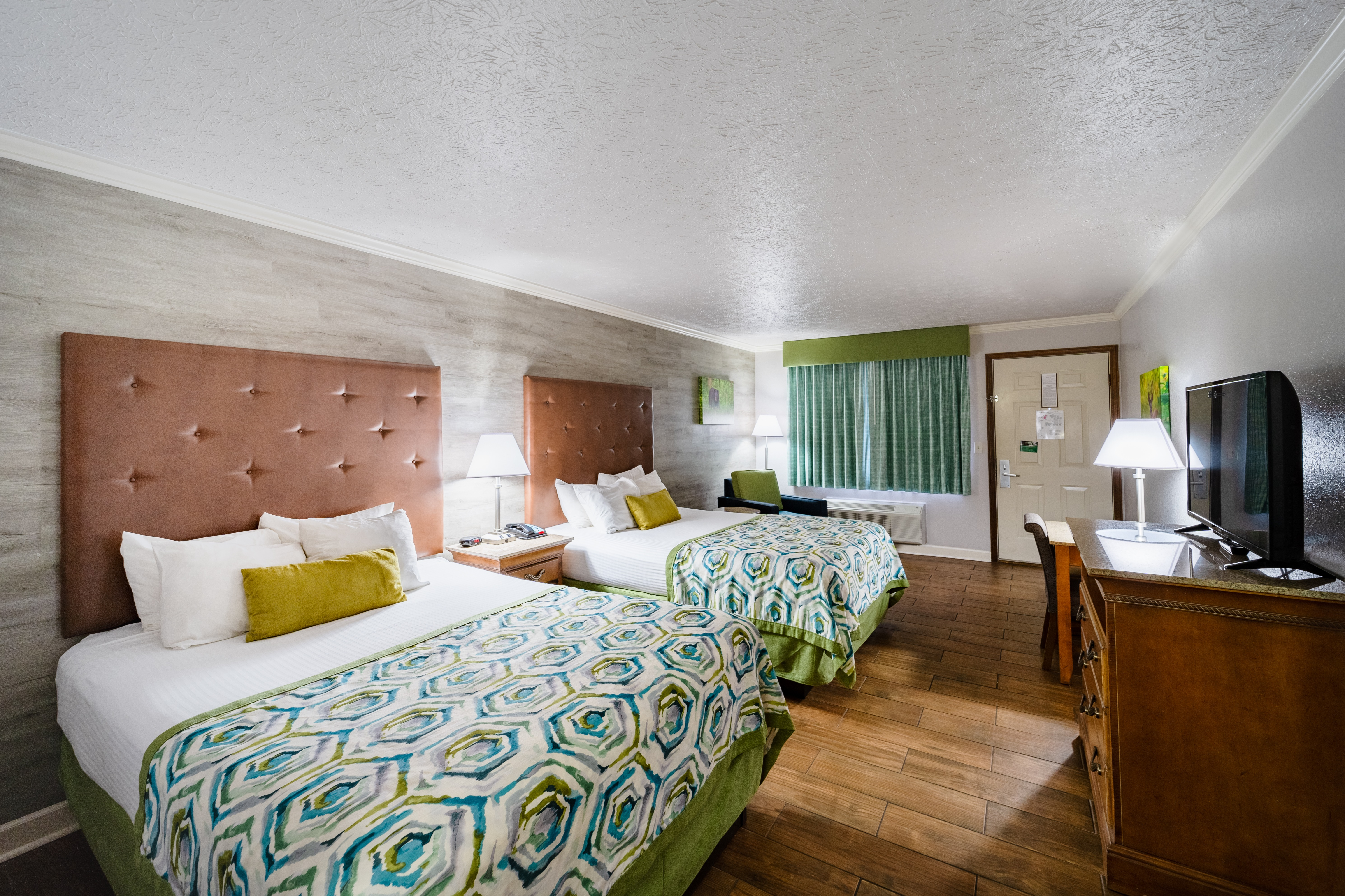 Pigeon Forge Room With Two Queen Beds